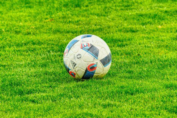 Regels, strategie, tips en advies voor voetbalweddenschappen